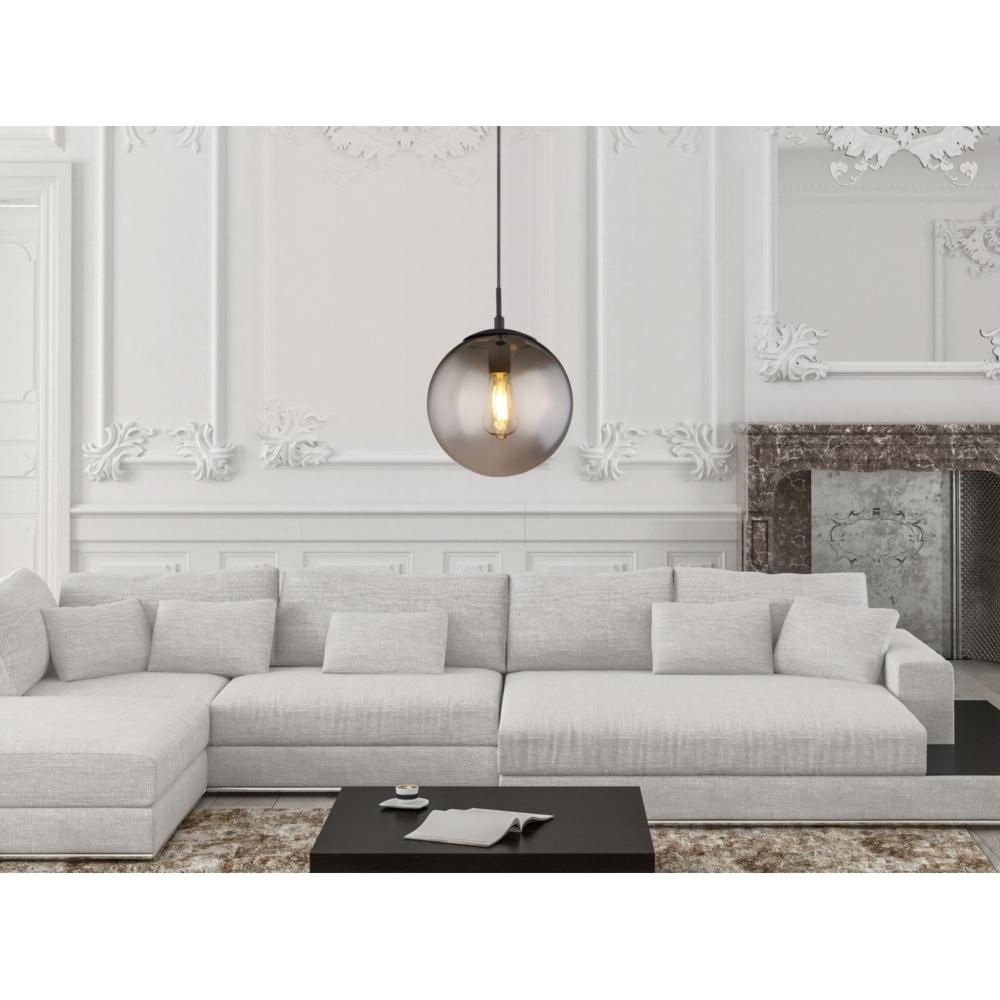 LED hanglamp 30 cm smoke glas E27 fitting - sfeerfoto lamp aan