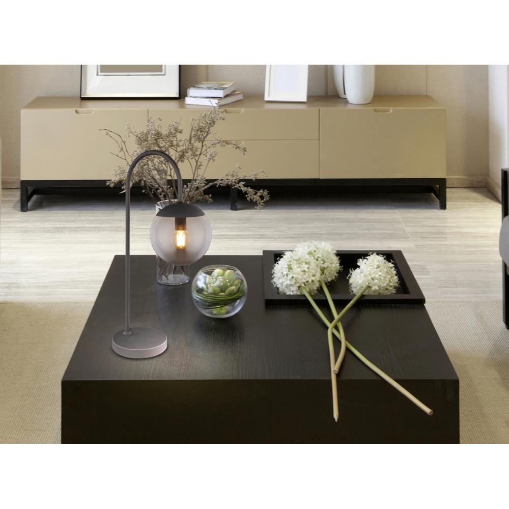 Moderne lamp - tafellamp - gerookt glas - E27 fitting - sfeerfoto
