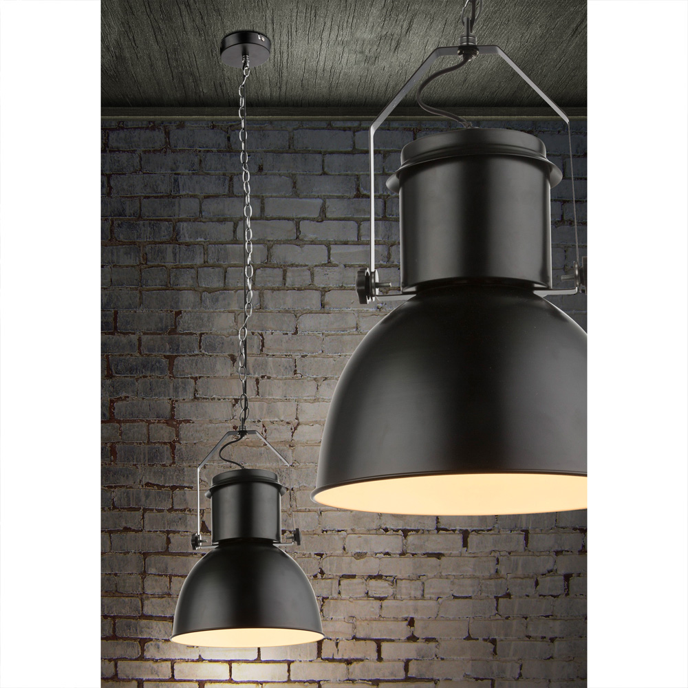 Moderne hanglamp zwart met wit E27 fitting - sfeerfoto