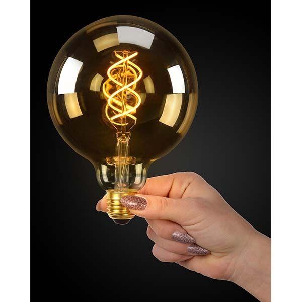 LED Filament Globe lamp dimbaar 5 Watt G125 2200K Extra warm wit - donkere achtergrond