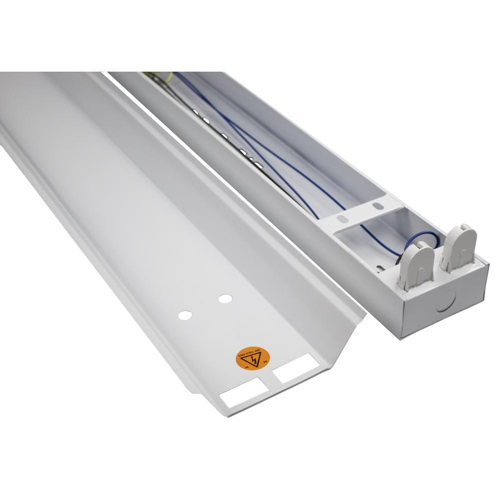 LED TL armatuur - bak - met reflector kap - 120cm - 150cm - trog armatuur T8 - IP22 - voor 2x led tl buizen - close up
