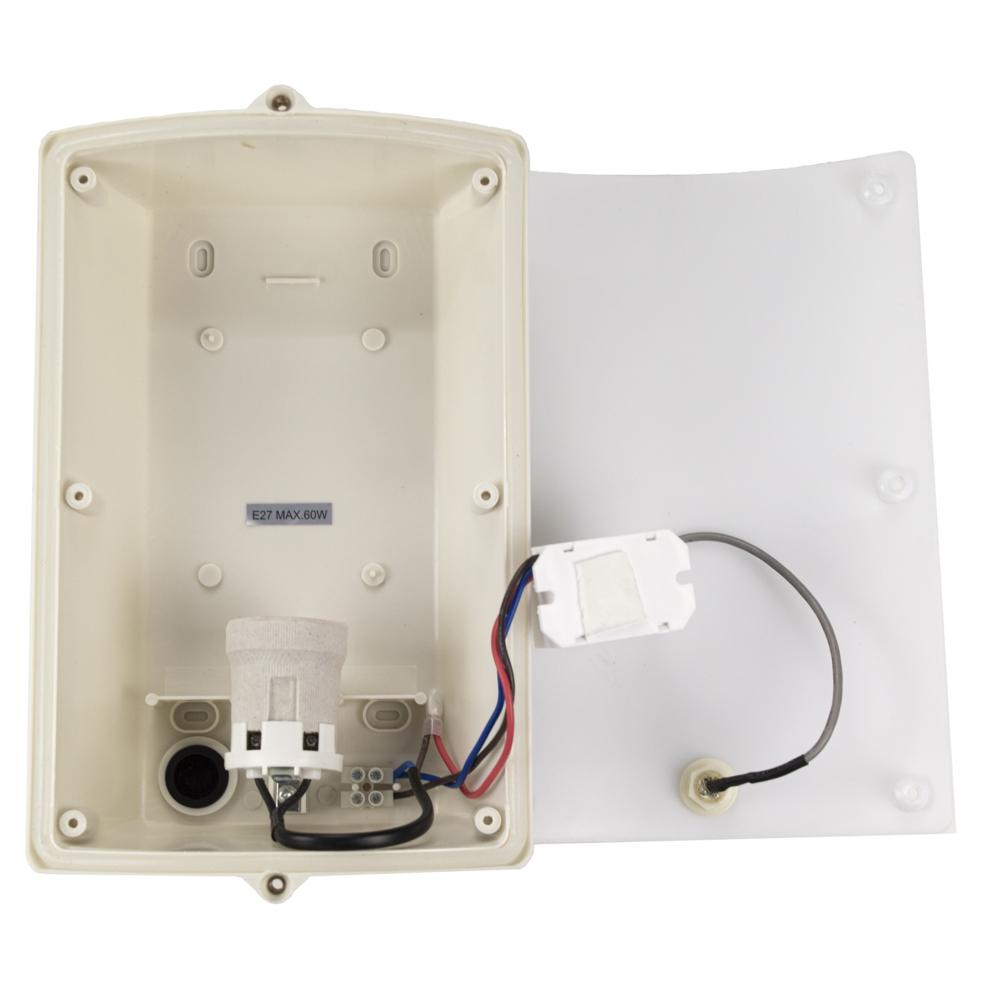 Wandlamp met sensor - RVS - E27 fitting - IP44 waterdicht - binnenkant