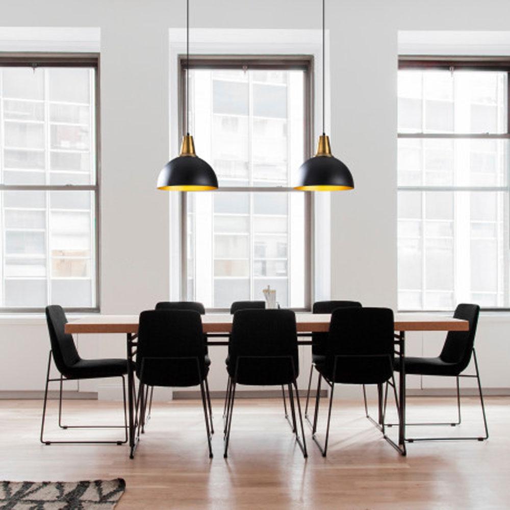 Hanglamp LED zwart goud E27 fitting - sfeerfoto