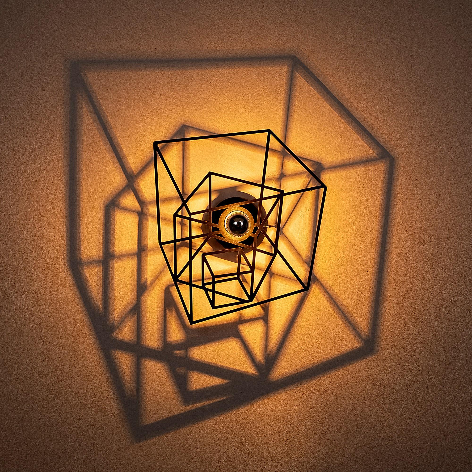 LED industriële wanddeco lamp - Kubus - dimbaar - E27 fitting - sfeerfoto incl. lamp