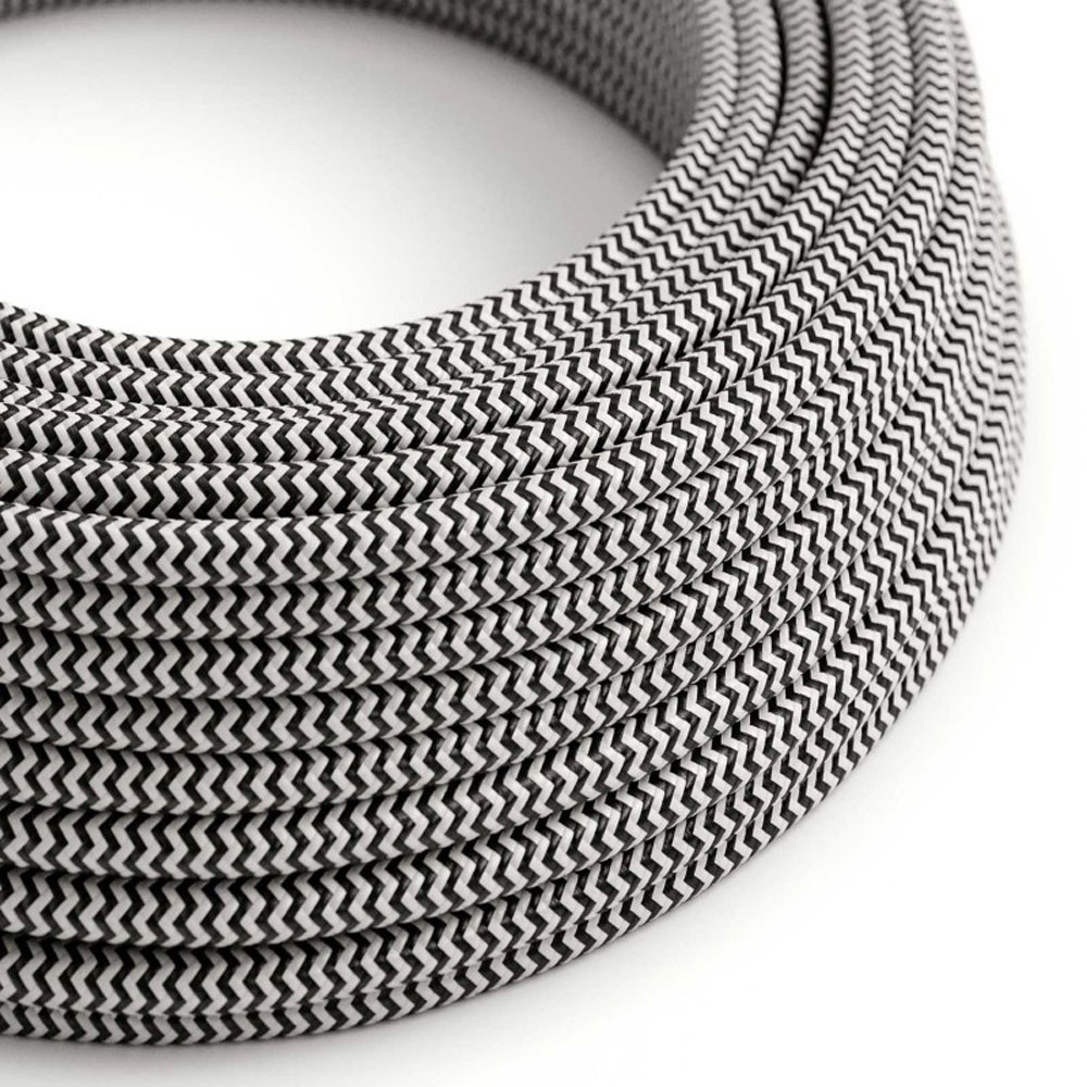 Strijkijzersnoer 220 Volt 1 meter zwart wit zigzag - closeup