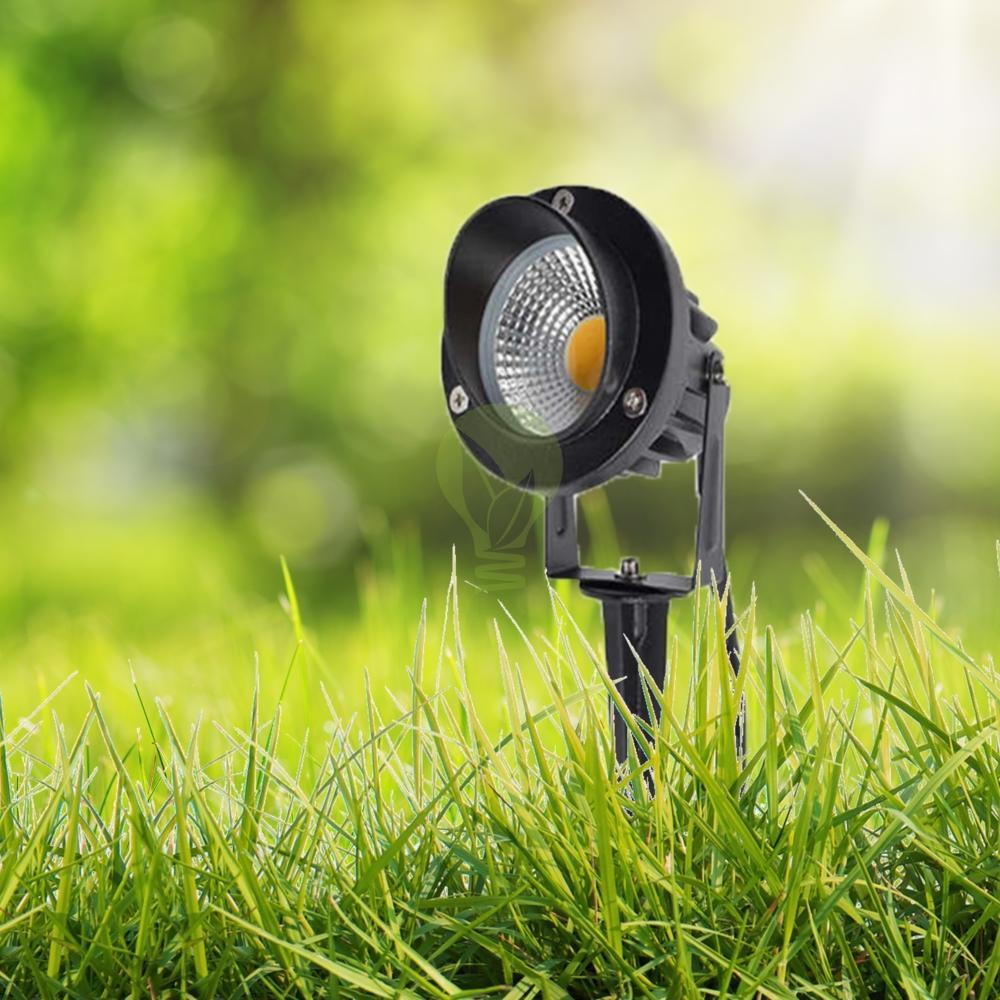 Prikspot met spies voor in het gras 7 watt warm wit