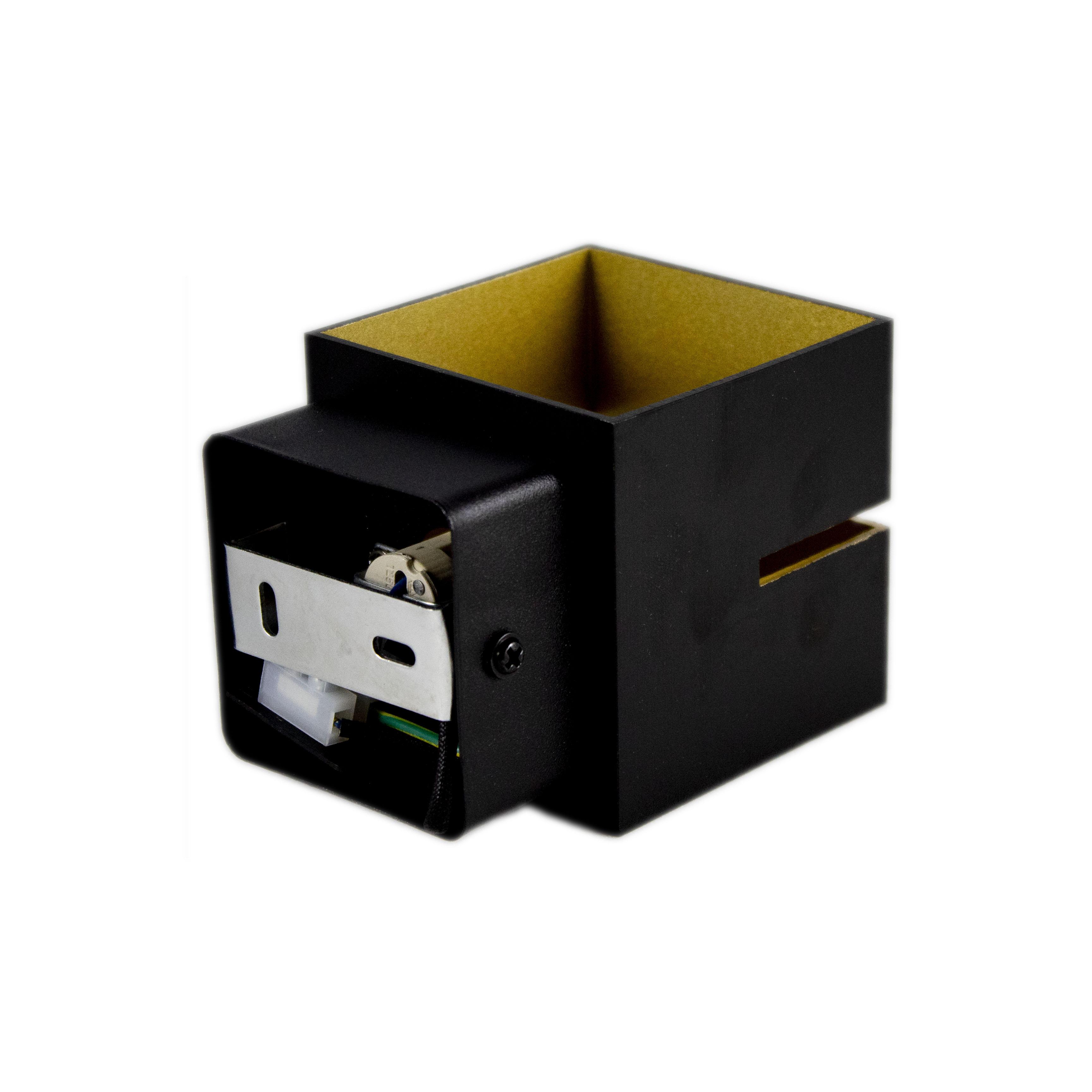 Led wandlamp vierkant zwart goud 2 keer G9 fitting - ip20 - achterkant bevestiging