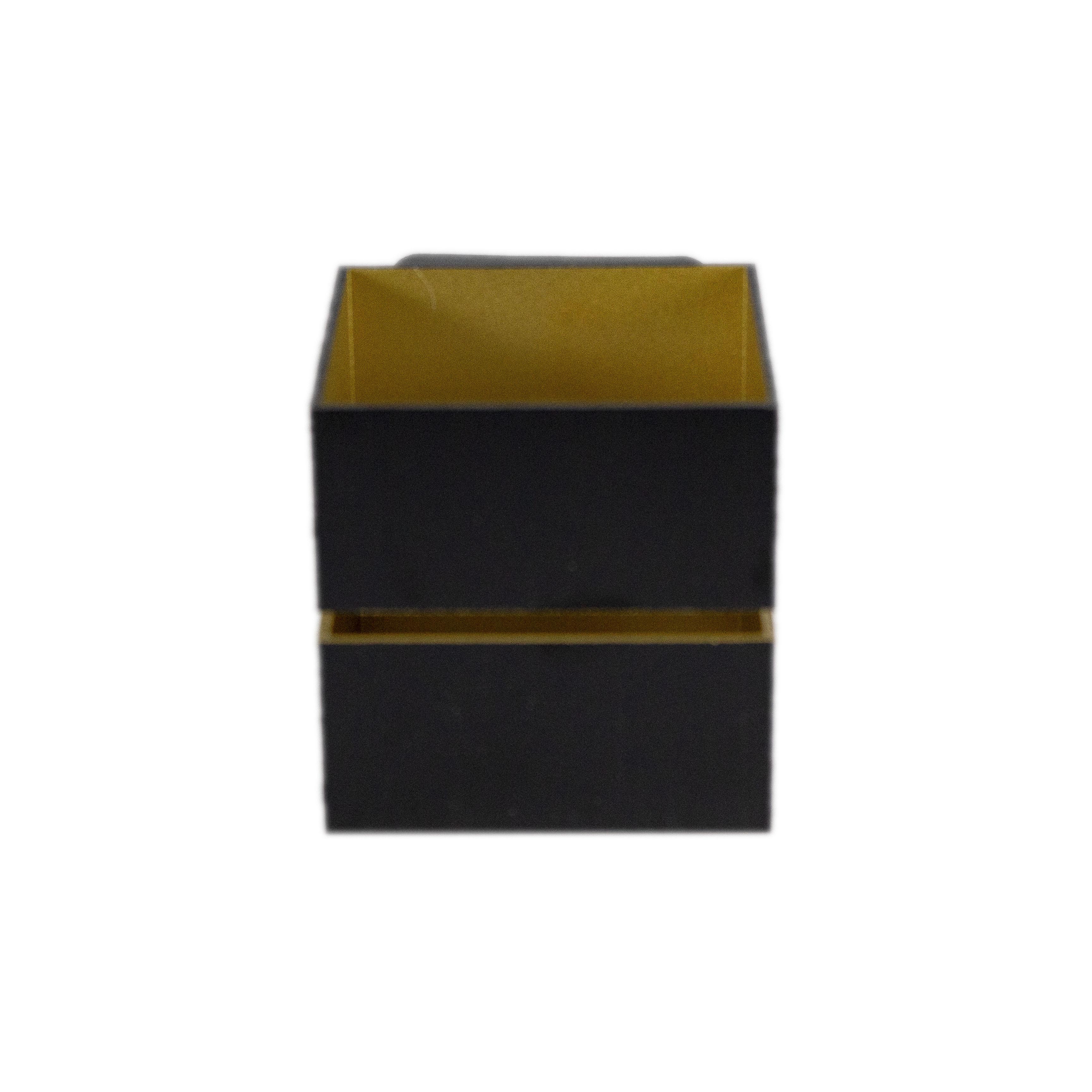 Led wandlamp vierkant zwart goud 2 keer G9 fitting - ip20 - vooraanzicht lamp uit
