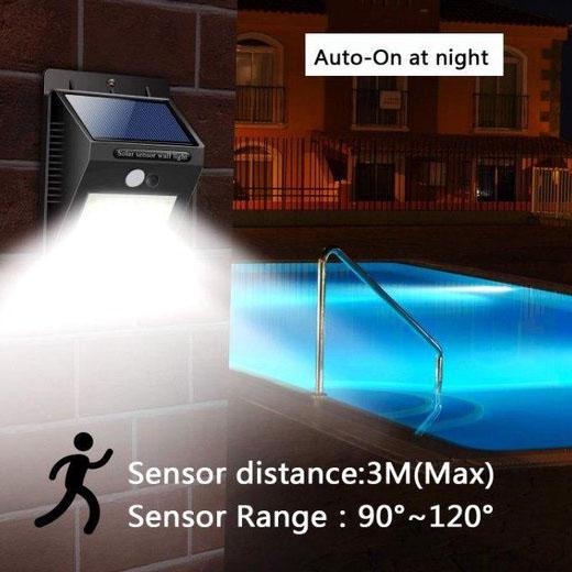 Buiten wandlamp Solar met sensor 3 Watt 6000K - daglicht wit - foto zwembad buiten